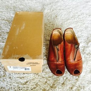 Timberland ankle boots leather vintage look. Box
